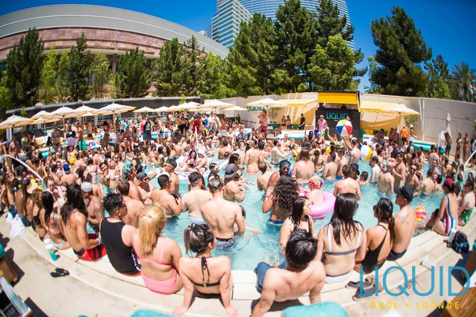 liquid las vegas pool party