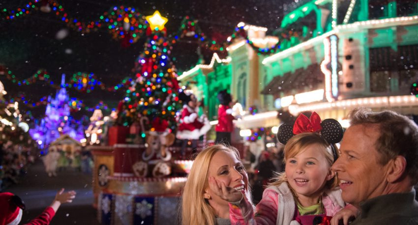 Christmas is a magical time no matter where you are in the world, but what if we told you Christmas at Disney World would you blow your mind away?