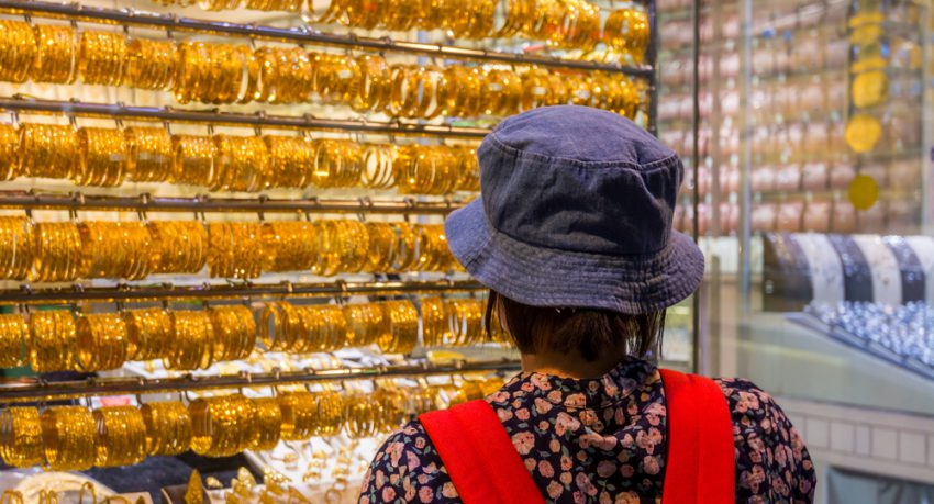 tourist at Dubai's gold souk