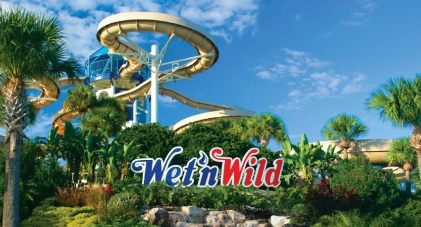 wet and wild in orlando sign