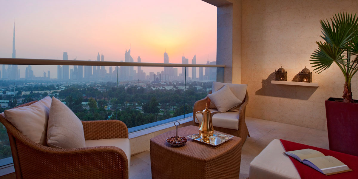 Top hotels to stay in dubai to impress your other half for Best hotels in dubai for couples
