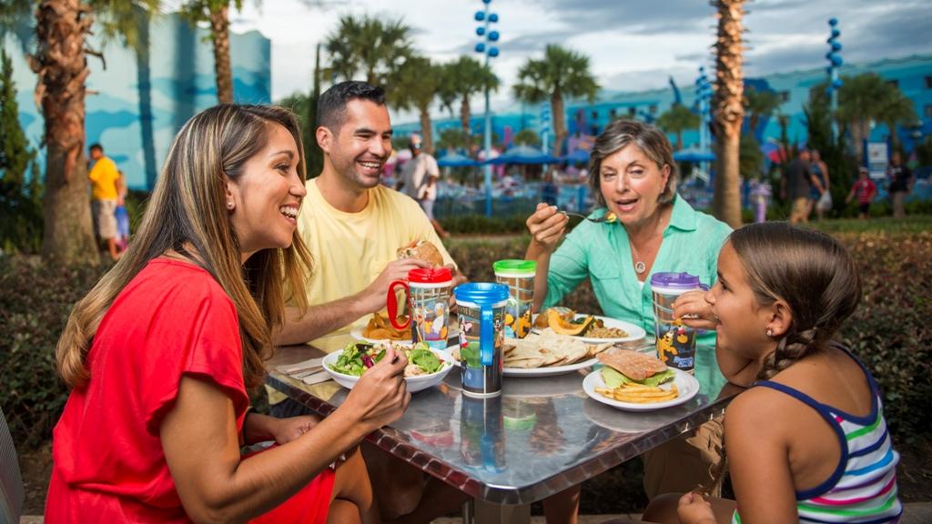 family dining at disney world