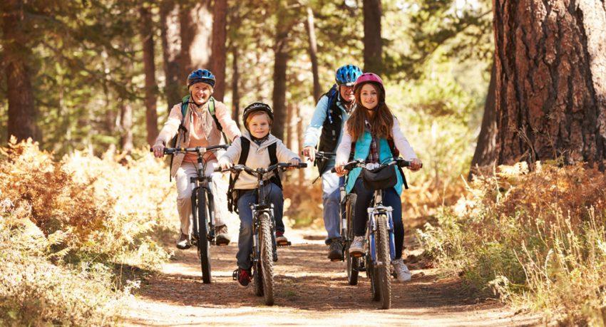 family biking in orlando