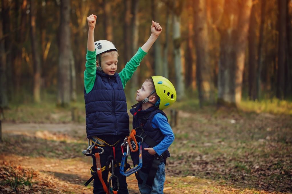 kids in an outdoor adventure in orlando