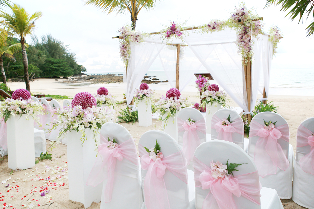 beach wedding in st lucia